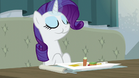 Rarity eating the restaurant food S6E12