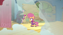 Scootaloo uh she tripped E18-W18