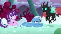 Starlight, Trixie, and Thorax in a chaos landscape S6E25