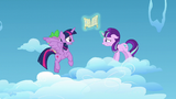 Twilight faces back down to the cloud S5E26