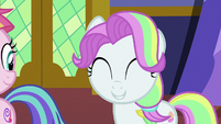 Coconut Cream smiling cutely S7E14