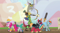 Discord and friends about to battle S6E17