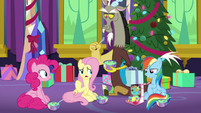 Fluttershy apologizes to Rainbow Dash MLPBGE