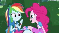 Pinkie Pie -you smell like vanilla- EG3