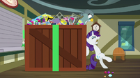"Rarity ""I'm not mailing it"" S9E19"