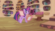 Twilight opening package S3E13