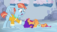Windy Whistles asks Scootaloo to stop S7E7