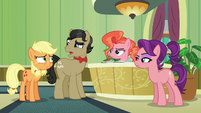 Filthy Rich --heard about a pony with apple blight-- S6E23