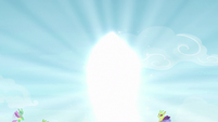 Pharynx in a cocoon of bright light S7E17