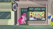 "Pinkie Pie ""must be stuck"" S6E3"
