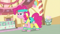 Pinkie Pie Getting Ready S02E18.png