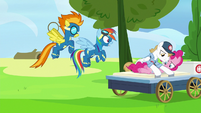 Rainbow and Spitfire worried about Pinkie S7E23