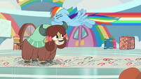 Rainbow zooms past Yona right to left S9E7