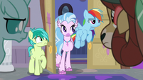Silverstream returns to the room S8E16