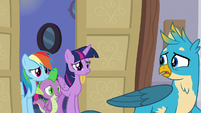 Twilight, RD, and Spike appear behind Gallus S8E16