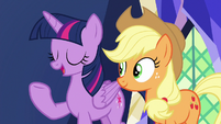 Twilight -this is what friendship is all about- S7E11