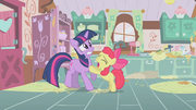 Apple Bloom implorando para Twilight T1E12