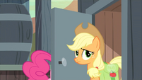 Applejack at the outhouse S2E14