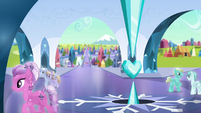 Crystal Ponies in the palace square S4E25