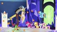 Discord surrounded by raining oranges S5E22