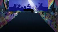 Los Ponis Observando El Musical 8 S5E24