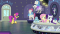 Pursey Pink enters Rarity For You S8E4.png