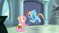 Rainbow -warn her about what's going on- S9E21