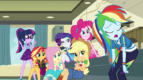 Rainbow Dash hanging her head in defeat EGDS5