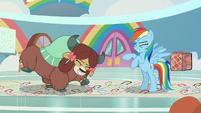 Rainbow and Yona pony-prancing S9E7