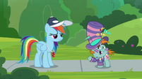 Snips -a pony can't show school spirit-- S9E15