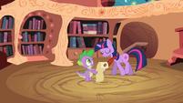 Spike watching Twilight S2E3