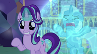 Starlight Glimmer in awe of Thorax's wings S6E25