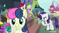 Sweetie Drops trots away with a bouquet S7E19.png
