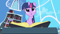 Twilight perplexed by --See Mare in the Moon-- entry S1E01