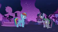 Zombie Twilight and Spike approach Rainbow S6E15
