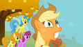 Applejack strains herself S1E13.png