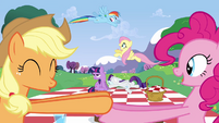 Everypony excited about the wedding S2E25
