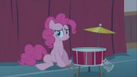 Pinkie Pie -tough crowd- S2E13