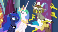 Princess Celestia pointing at the Mane Six S9E1