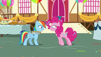 Rainbow Dash asking if Pinkie Pie is okay S7E23