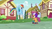 S06E07 Rainbow spotyka Scootaloo