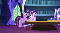 Twilight Sparkle tries to cheer up Starlight S7E24