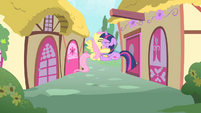 Twilight and Fluttershy collide S01E22