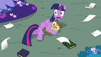 Twilight shocked S4E26
