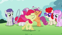Apple Bloom performs both of her talents S2E06