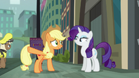 "Applejack ""can barely cross the street in this town"" S5E16"
