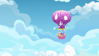 Balloon emerging S3E07