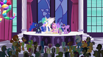 "Delegate 1 ""we love you, Princess Twilight!"" S5E10"