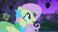 Fluttershy in the garden S1E26