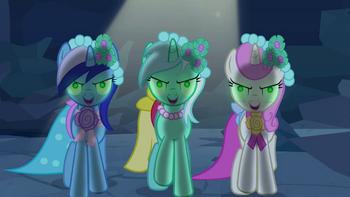 Minuette, Lyra Heartstrings and Twinkleshine brainwashed 1 S2E26